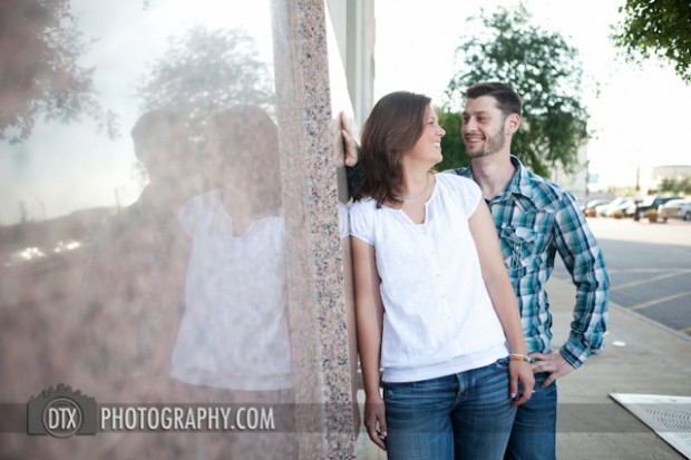 Engagement shoot in Fort Worth, Texas | Sarah and Brendan